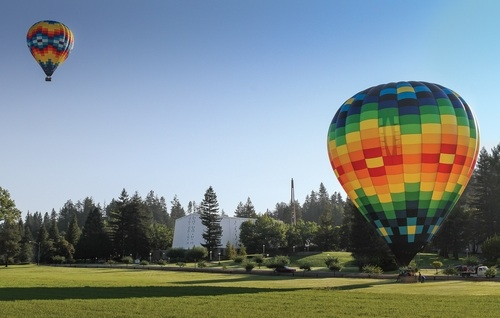 New hot air ballooning program draws hundreds of transfer students to PUC this spring