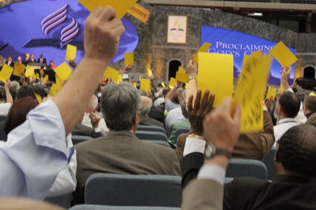 Mafia delegation praises elimination of secret electronic vote at GC San Antonio