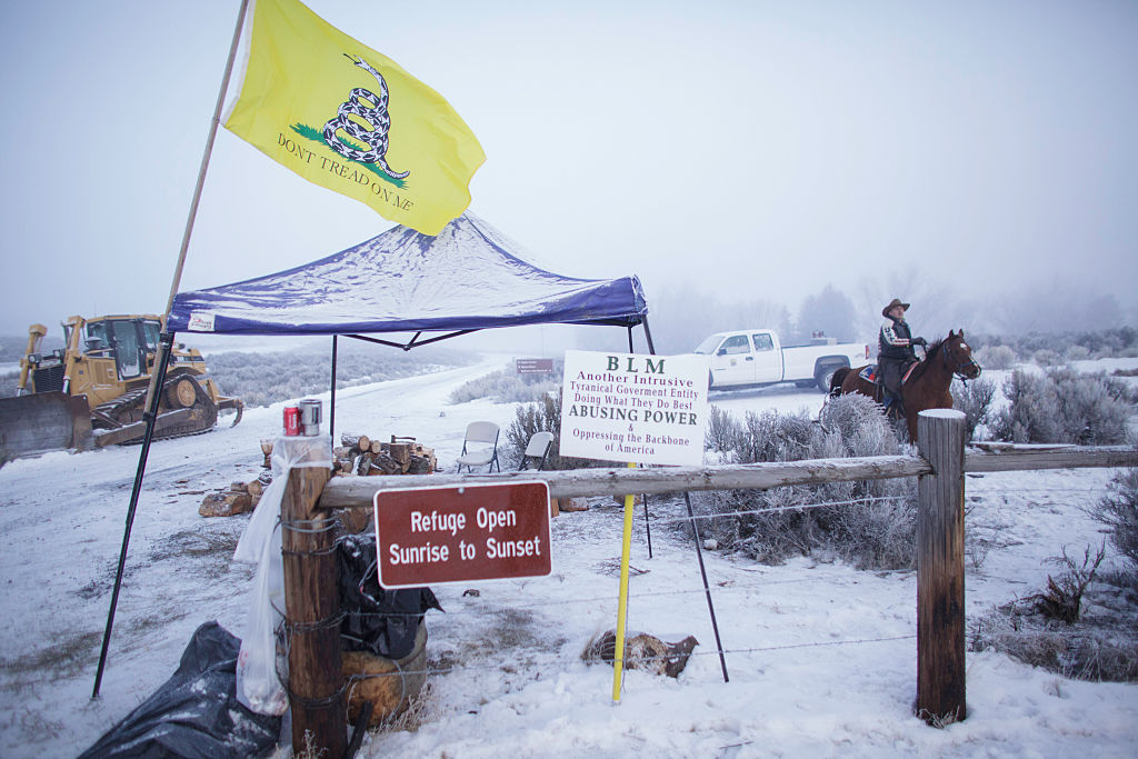 Oregon militia leave refuge to honor pre-scheduled Pathfinder winter camp